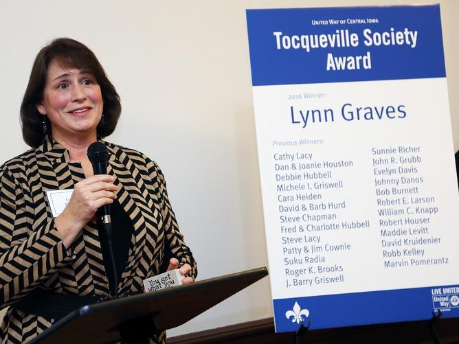 2016 Tocqueville Society Award: Lynn Graves